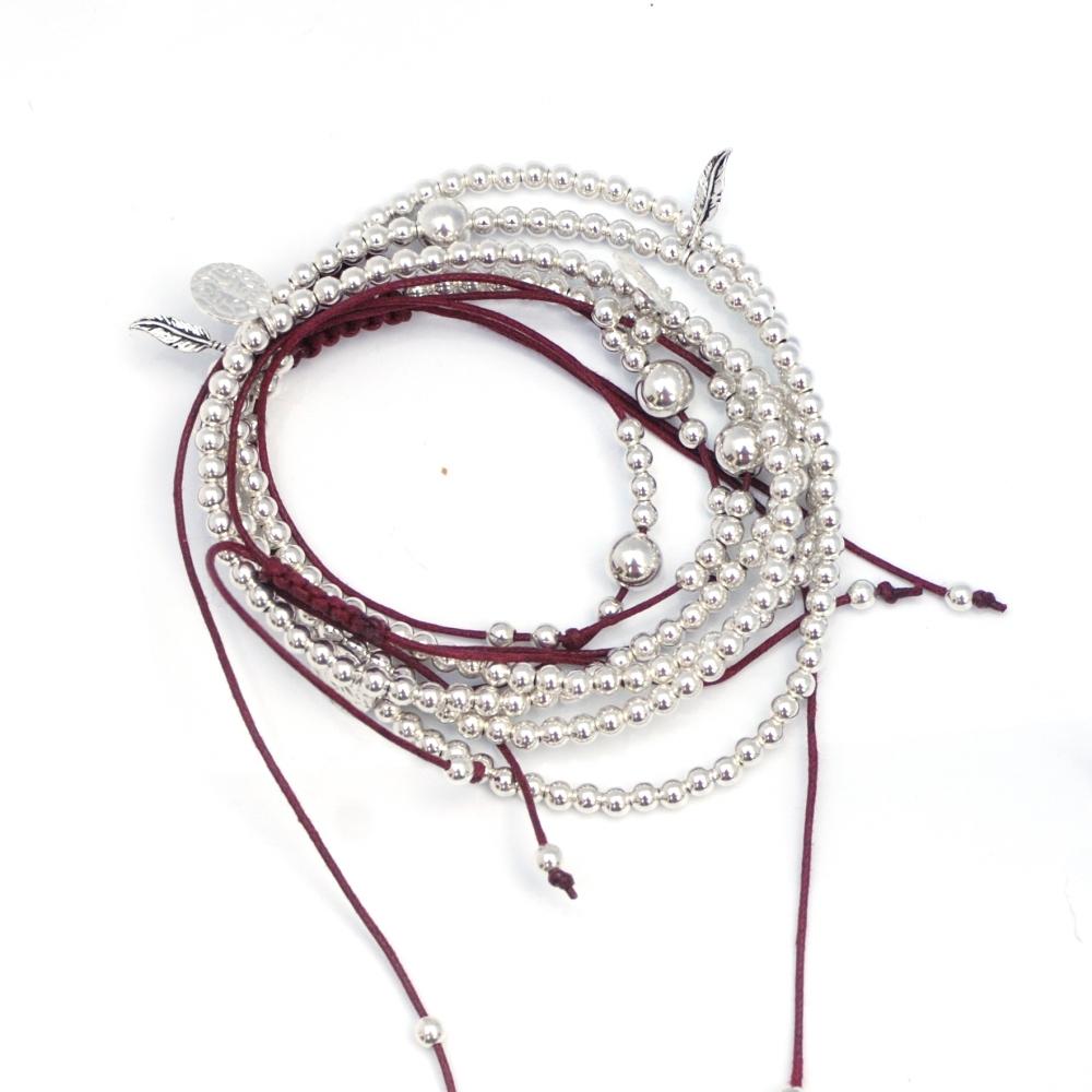 Bracelets (4/6)